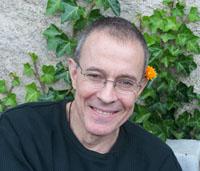 Тев Спаркс - директор GTT, возглавляет обучение Холотропному дыханию в мире.